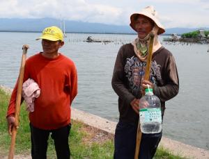 fishermen philippines tanon strait