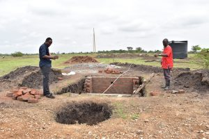 Building a healthcare center in Oloonkolin